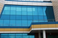архитектурная тонировка окон бизнес-центра